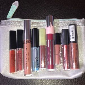 Lot of 9 Lip Glosses and Liquid Lipsticks with Bag